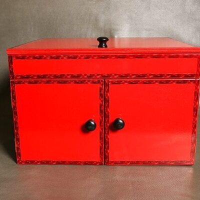 Drop Down Mirror Box (Large/Red) by Ickle Pickle - Trick
