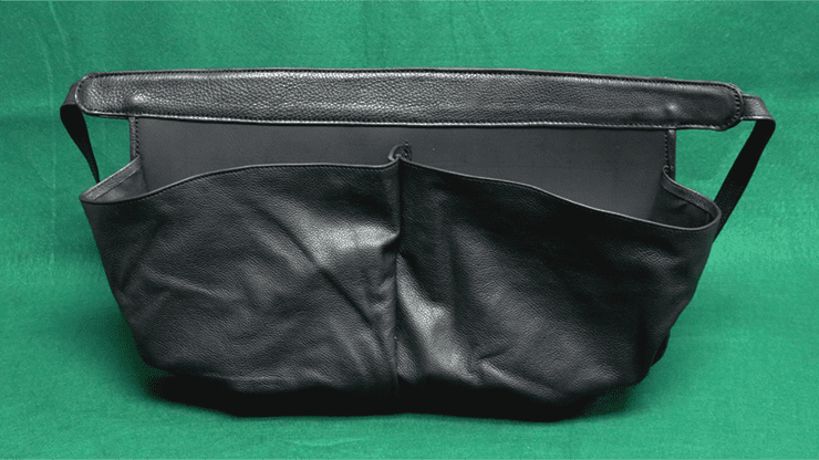 CELLINI POUCH by The Ambitious Card - Trick